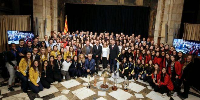El patinaje catalán luce músculo en una recepción en la Generalitat de Catalunya