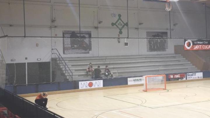 La Federación Española de Patinaje advierte al Patín Hockey por las deficiencias en el pabellón