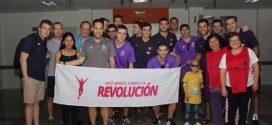Los jugadores de hockey de Barcelona y Porto visitaron a pacientes oncológicos infantiles