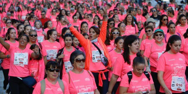 Una marea rosa y cuatro en el corazón de la Carrera de la Mujer