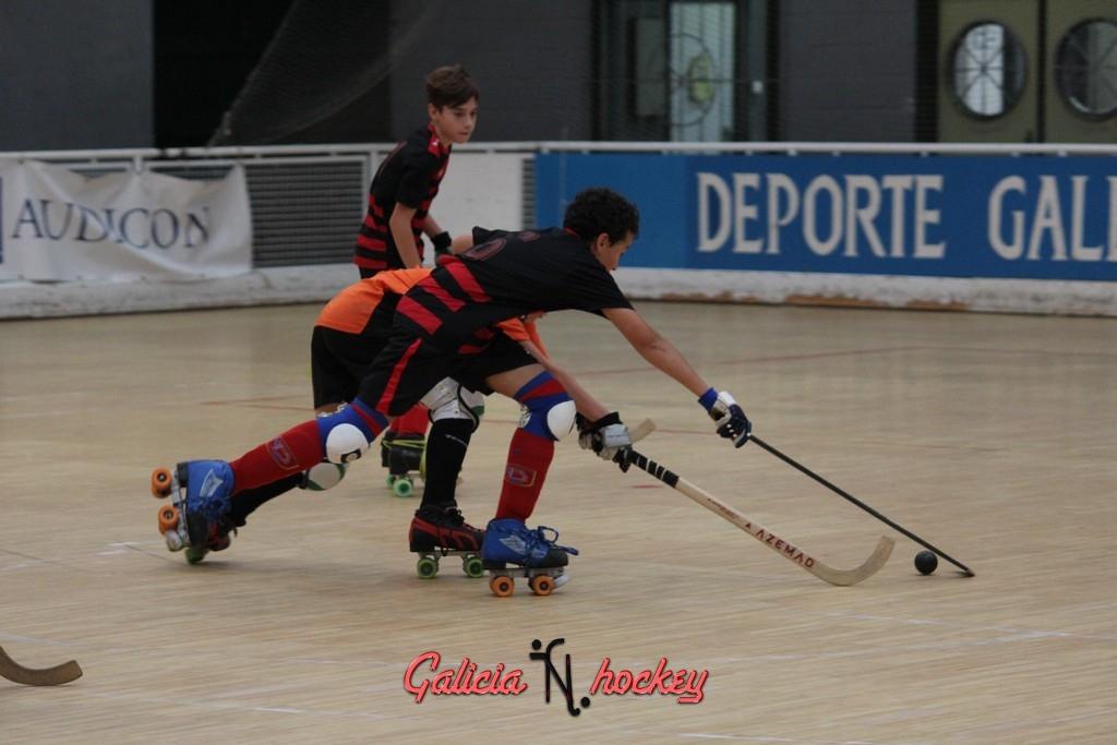 LIGA INFANTIL 2ª DIVISIÓN 2015/2016 Hockey Club Borbolla B – Hockey Club Cambre B 24-10-2015